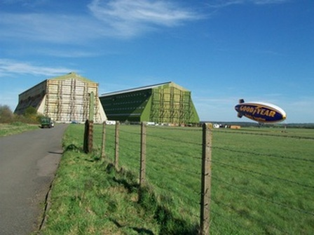 cardington sheds with airship